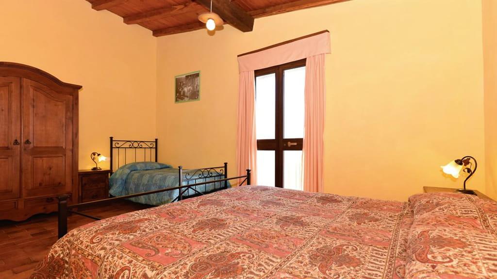 Sasso Bianco Schlafzimmer2