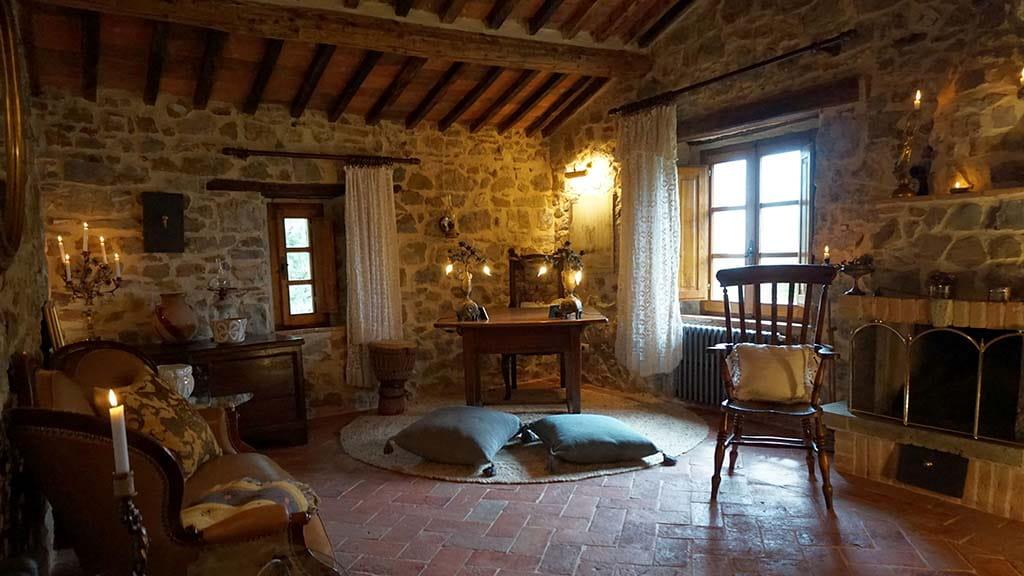 Villa Dondolini Kaminzimmer