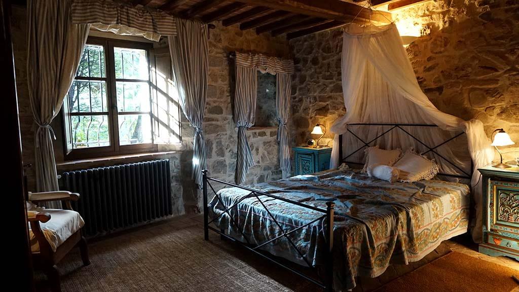 Villa Toscana Schlafzimmer