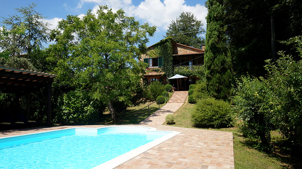 Villa Mit Pool Und Sonnendach
