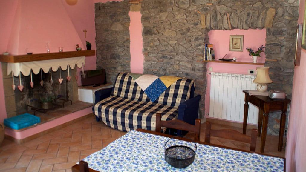 Ferienwohnung Cantinaccia Rosa Wohnbereich