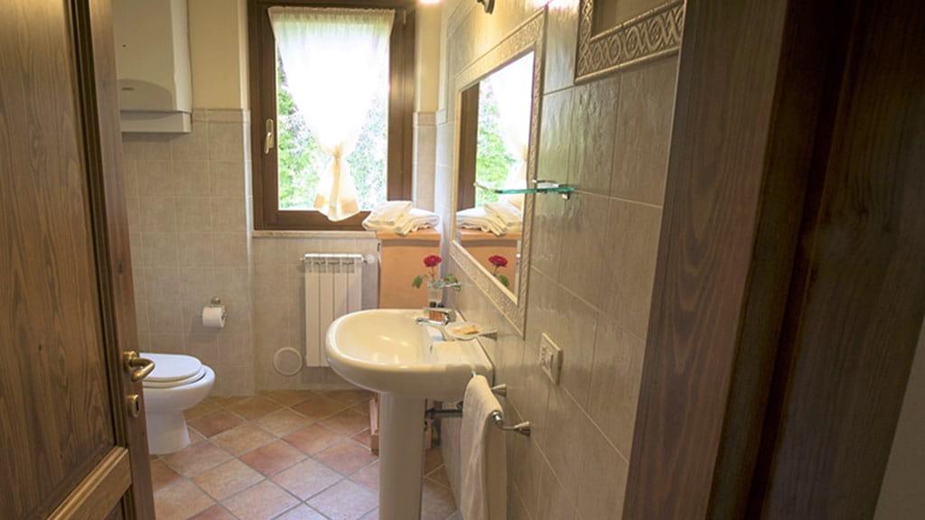 Villa Ninfea Therme Toskana Badezimmer