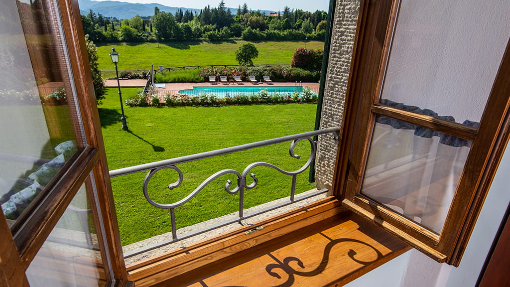 Ausblick Zum Pool Toskana